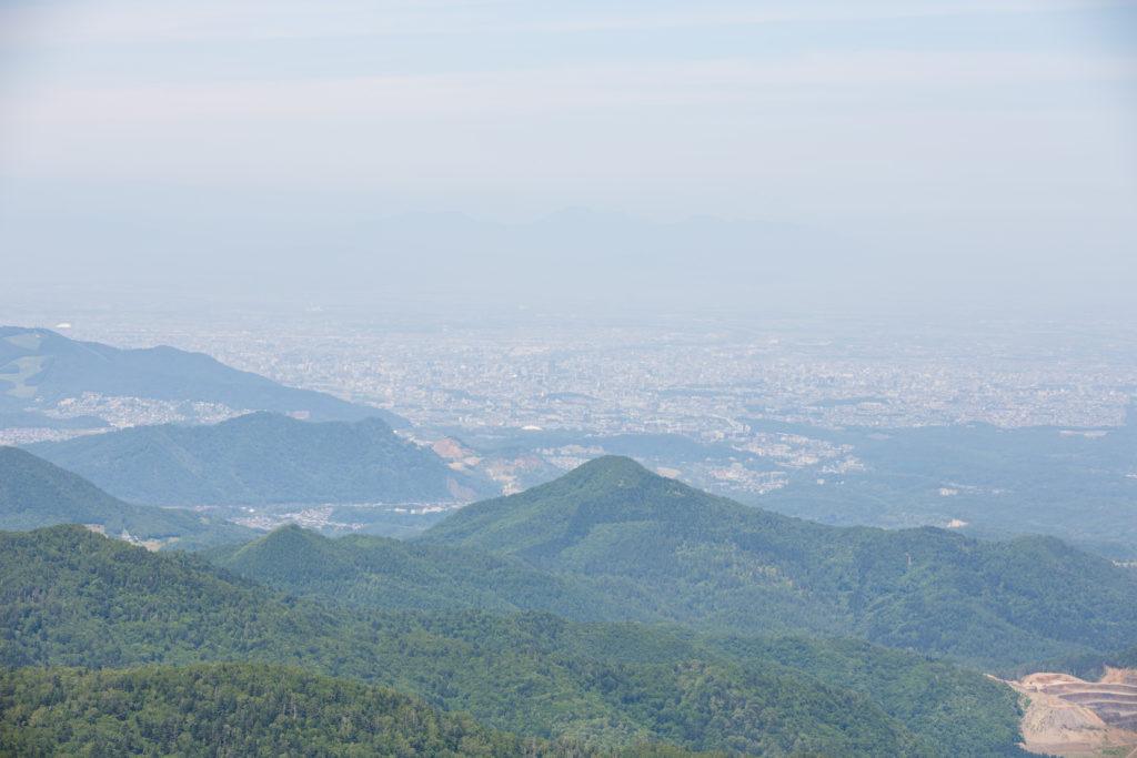 空沼岳から札幌方面の風景