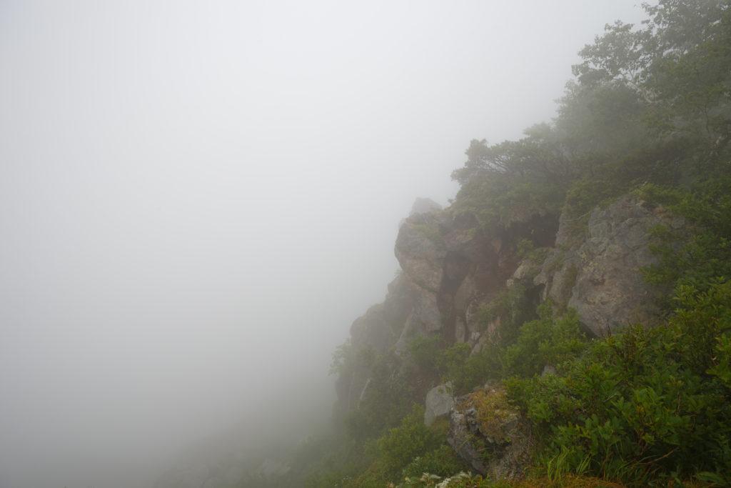 恵庭岳頂上の風景