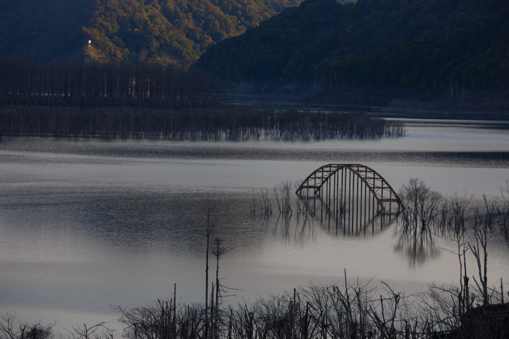 シューパロ湖の橋