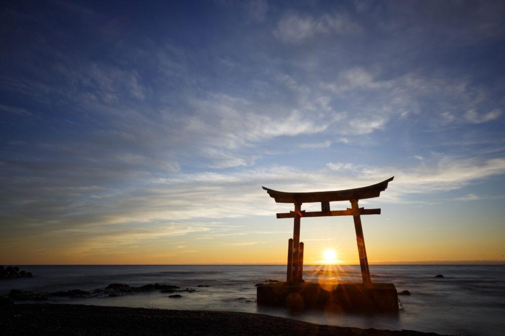夕陽と金比羅神社