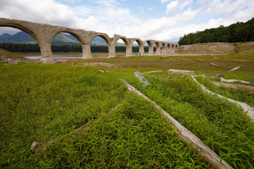 夏のタウシュベツ橋梁